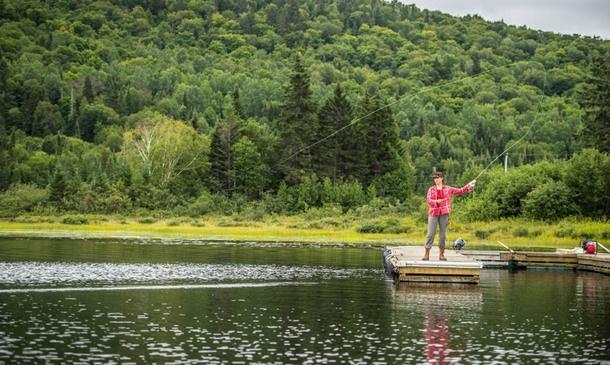 Pêche à la truite mouchetée sur nos 30 lacs